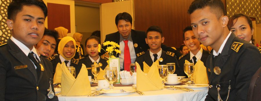 Hotel Tour and Table Manner Syariah Hotel Solo