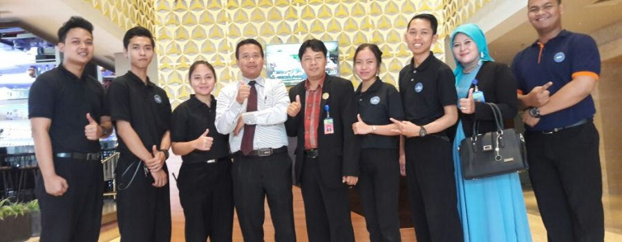 "Surabaya Internship Monitoring (Part 1), ""1001 Peluang Keberhasilan Ada Disini"""