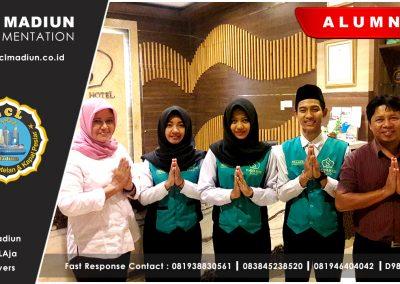 04 Alumnus