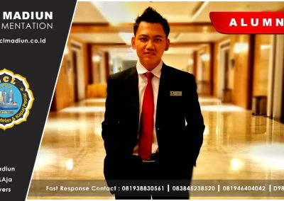 07 Alumnus