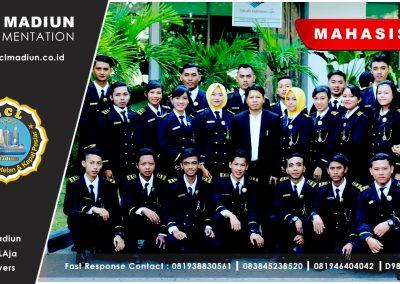 21 Mahasiswa
